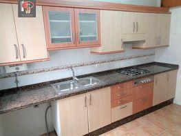Flat for rent in calle La Petxina, La Petxina in Valencia - 408749140