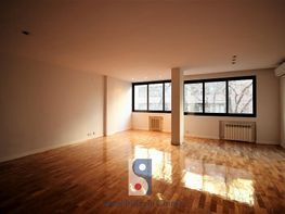 Appartamento en affitto en calle Julián Romea, Vallehermoso en Madrid - 377420844