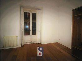 Appartamento en affitto en calle Caños del Peral, Palacio en Madrid - 419597760
