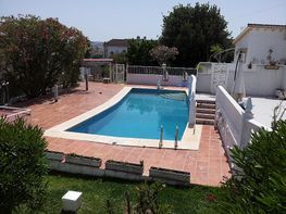 Villa en venta en calle Tamarindos, Mijas Costa