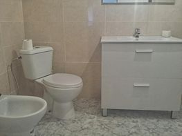 Baño - Casa en venta en calle Planas, Montolivet en Valencia - 316048330