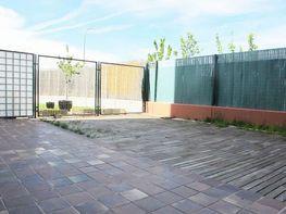 Jardín - Piso en alquiler en calle Isabel Clara Eugenia, Sanchinarro en Madrid - 272262879