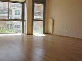 Piso en alquiler en calle Isabel Clara Eugenia, Sanchinarro en Madrid - 272265109
