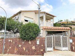 Chalet en venta en Torrelles de Llobregat