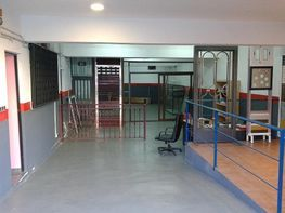 Geschäftslokal in verkauf in calle De Monturiol, Santa Coloma de Gramanet - 369006919