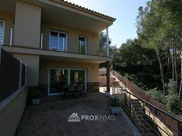 Casa adossada en venda Canyelles - 348382036