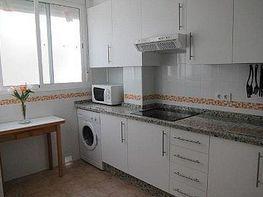 Piso en alquiler en calle Castillo Alcala de Guadaira, Pineda en Sevilla