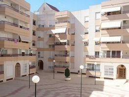 Piso en venta en calle Cervantes, San Juan de Alicante/Sant Joan d´Alacant - 358222325