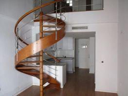 Dernier étage de vente à calle De la Reina, El Cabanyal- El Canyamelar à Valencia - 365457924