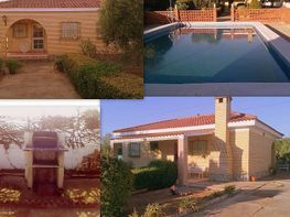 Chalet for sale in calle , Carmona - 274324981