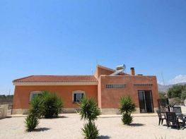 Villa (xalet) en venda calle Albatera, Albatera - 279461877
