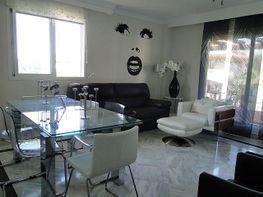 Salon - Apartamento en alquiler en Nueva Andalucía-Centro en Marbella - 397218549