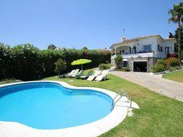 Villa en venta en Guadalmina en Marbella