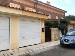 Casa adosada en venta en calle Gerardo Diego, Alovera