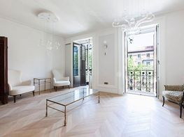 Flat for sale in Jerónimos in Madrid - 358719710
