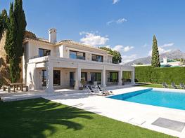 Villa en alquiler de temporada en Marbella - 286943187