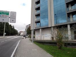 Lokal in miete in calle Avenida de Barcelona, Santiago de Compostela - 296641353