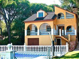 Casa en venta en calle Del Olivo, Almorox
