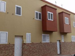 Terrace house for sale in Gáldar - 306513670