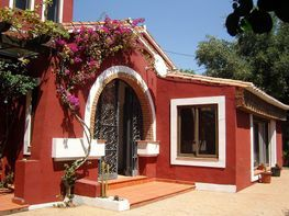Xalet en venda calle El Padrón, Estepona - 331080324