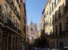 Pis en venda calle De Valverde, Universidad-Malasaña a Madrid - 379763142