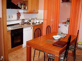 Casa adossada en venda Huesca - 302892203