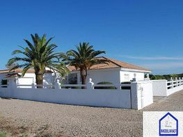 Chalet for sale in Barbate - 303906288