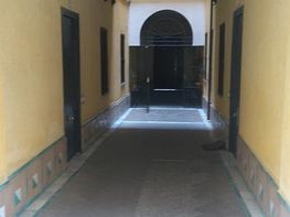 Foto 1 - Piso en alquiler en Casco Antiguo en Sevilla - 328679592