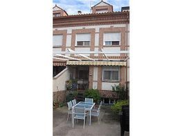 Casa adossada en venda Escalona - 316764019