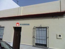 Foto 1 - Casa en venta en Paradas - 324024892
