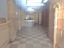 Geschäftslokal in miete in calle Betis, Triana Casco Antiguo in Sevilla - 322533663