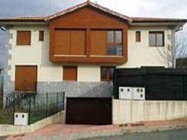 Casa pareada en venta en calle Txoritai, Iturmendi - 330241634