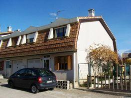 Casa adosada en venta en paseo De la Paz, Añorbe - 316745527