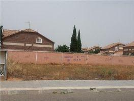 Terreno en venta en Villanueva de la Torre - 318057367