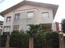Casa adosada en venta en calle Alhondiga, Irun - 320334550
