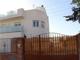 Chalet for rent in Huétor Vega - 317611158