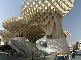 Piso en alquiler en plaza Encarnacion, Encarnación-Regina en Sevilla