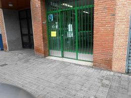 Lokal in miete in calle Alfonso XII, Móstoles - 320339817