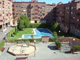 Wohnung in miete in calle Tulipan, Móstoles - 358448735