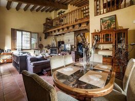 Haus in miete in Villaviciosa de Odón - 359306258