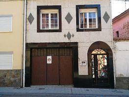 Casa adosada en venta en calle Santa Rosa, Benavente