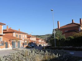 Casa adosada en venta en calle Gran Cardenal Mendoza, San Agustín de Guadalix - 358090208