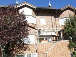 Casa adosada en venta en calle Navarra, San Agustín de Guadalix - 346590372