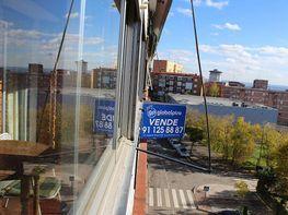 Piso en venta en calle De Miranda de Arga, Pinar del Rey en Madrid - 359431160