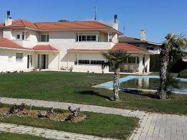 Casa en venta en calle Febrero, Salvador Allende – Parque Goya en Zaragoza - 362311421