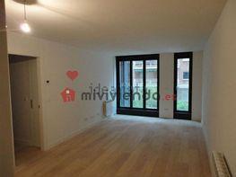 Flat for rent in calle Paseo de San Francisco de Sales, Vallehermoso in Madrid - 344567214