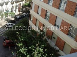 Flat for sale in calle Cirilo Amorós, El Pla del Remei in Valencia - 358605720