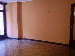 Salon - Piso en venta en Ametzola en Bilbao - 331061872