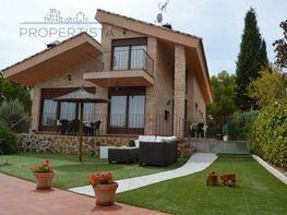 Casa en venta en calle De la Virreina, Chinchón - 343135278