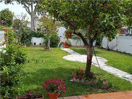 Jardín - Casa adosada en venta en calle Villa de Madrid, Camino viejo de Malaga en Vélez-Málaga - 326258381